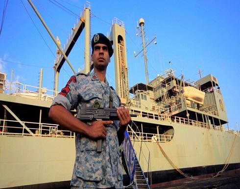 قائد البحرية الإيرانية: الولايات المتحدة مرعوبة من تواجد الدوريات البحرية الإيرانية بالمحيط الأطلسي