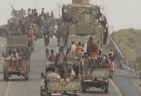 """المقاومة تباغت الحوثيين وتقترب من حسم """"معركة الدريهمي"""""""