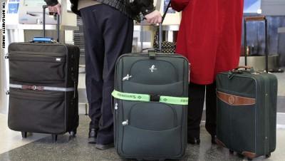 سرقة 260 ألف دولار من حقيبة رجل خلال رحلة جوية