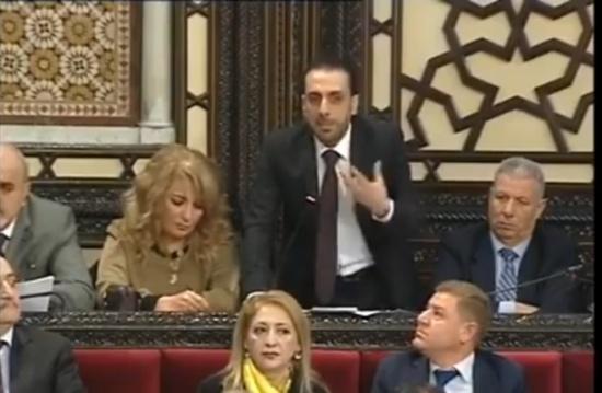 نائب سوري يكشف فضيحة تفضيل المليشيات على الجيش (شاهد)