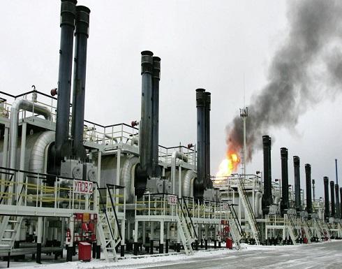 عين أسواق النفط على افتتاح المونديال