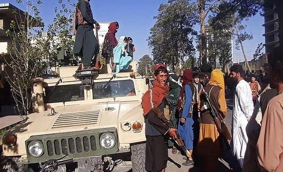 """بالتفصيل.. ترسانة أميركية ضخمة في قبضة """"طالبان"""""""