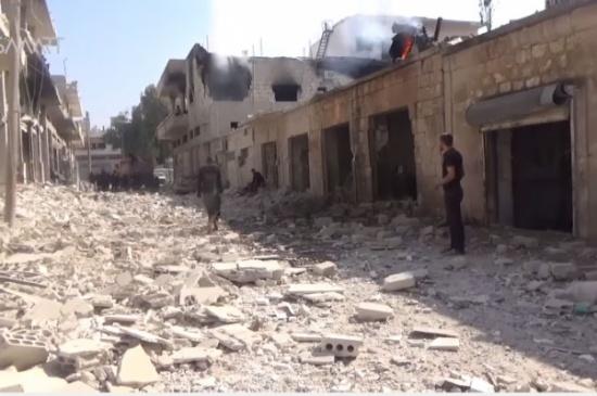 مجزرة في خان شيخون بإدلب يرتكبها طيران النظام بعد استهداف المدينة بست غارات