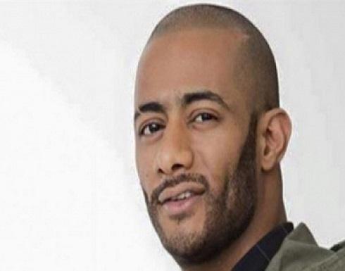 بالفيديو - بعد اتهامة بسوء معاملة مساعده... هذا ما فعله محمد رمضان لتكذيب ما كشفه عنه