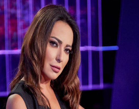 أمل عرفة تشارك الجمهور صورة نادرة رفقة فيروز ..الي الشرف (شاهد)