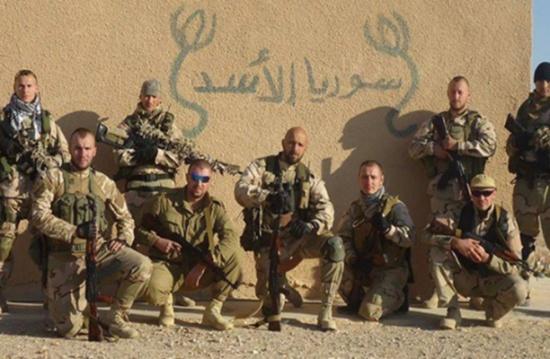 "جنود روس يهتفون ""لبيك يا حسين"" بعد تلقين (شاهد)"