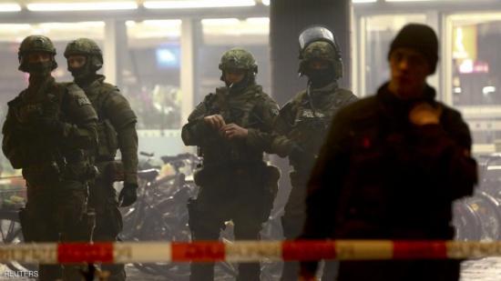 بعد 15 شهرا.. بلجيكا تعتقل شخصين بشأن هجمات باريس