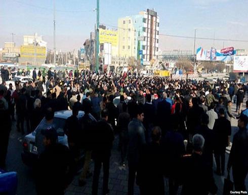 عام على احتجاجات إيران.. ترهيب أهالي الضحايا مستمر