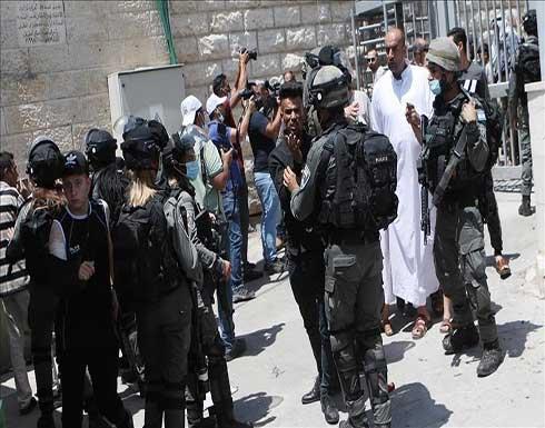 إسرائيل تغلق المسجد الإبراهيمي وتشدد الإجراءات بمحيطه