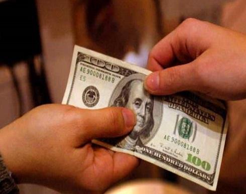 """الدولار """"يقفز"""".. ويعزز مكاسبه"""