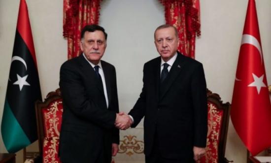 بلومبيرغ: تركيا تجري مشاورات مع حكومة الوفاق الليبية لاستكشاف النفط والغاز