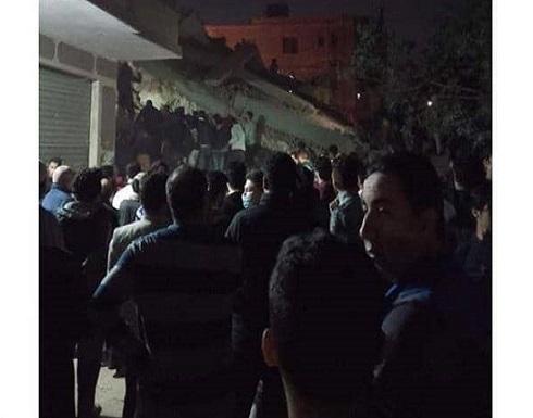 شاهد : انهيار عقار من 10 طوابق في القاهرة