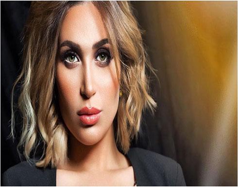 الدكتورة خلود تبكي بسبب تسميم كلاب الشوارع في الكويت (فيديو)