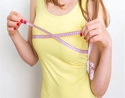 بشرط مرور عام كامل .. جراحة تكبير الثدي لا تؤثر على الحمل والرضاعة