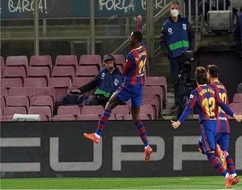 برشلونة يحقق فوزا مثيرا بالأنفاس الأخيرة على بلد الوليد