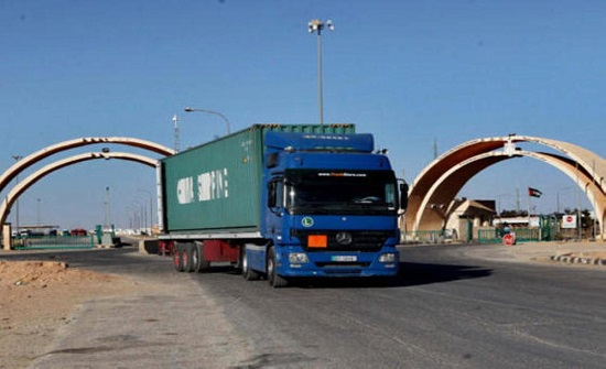 وزير النقل : بدء دخول الشاحنات الأردنية إلى العراق