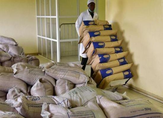"""السودان """"مهدد"""" بأزمة سكر بسبب الدولار"""