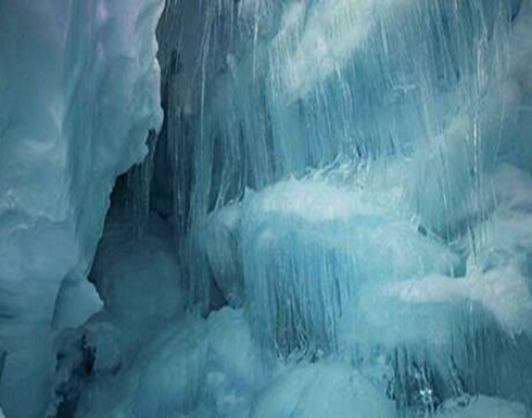 """العثور على كهف """"مفقود"""" في القطب الجنوبي"""