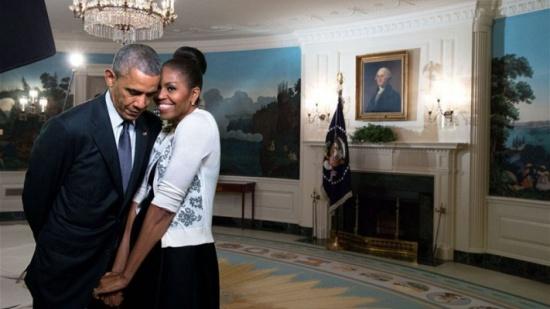 هكذا عايد اوباما زوجته في عيد الحب