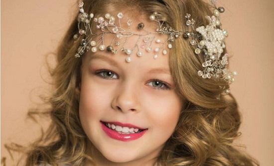 بالصور.. طفلة روسية تفوز بلقب 'ملكة جمال الكون' لعام 2018