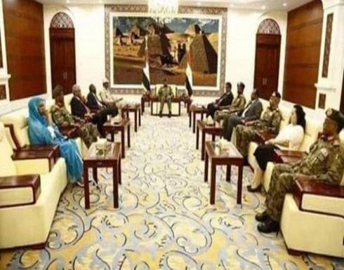 """السودان.. """"الانتقالي"""" يتوافق على تعيين معاش يس إبراهيم وزيراً للدفاع"""
