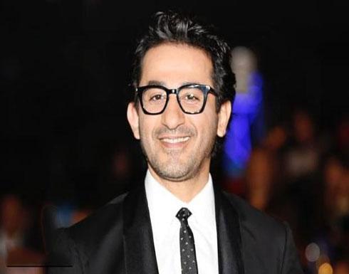 لن تصدق شكله.. صورة جديدة لـ أحمد حلمي في كواليس فيلمه الجديد