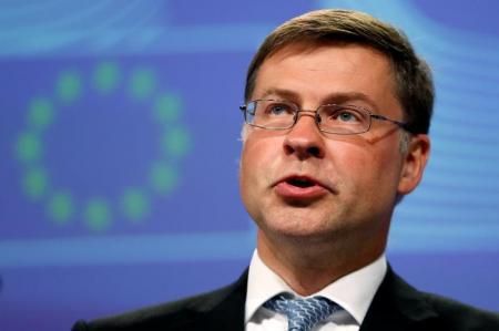 مسؤول أوروبي: إطالة أمد المحادثات بين اليونان والمقرضين يهدد استقرار منطقة اليورو
