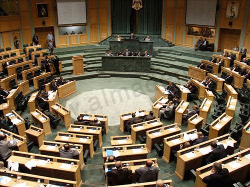 صورة المذكرة :النواب يربطون مناقشة الموازنة بعدول الحكومة عن رفع أسعار الخبز والكهرباء والكاز