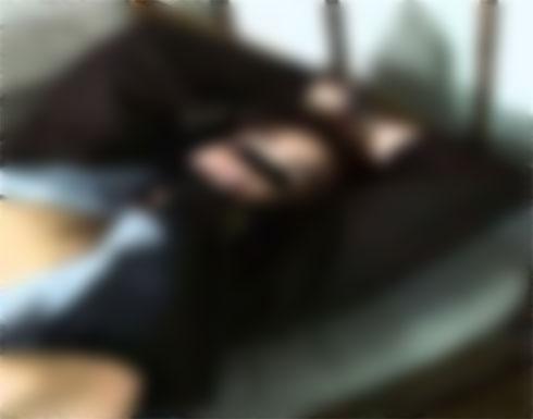 رجل مصري يبتز سيدة بعد ان سحر زوجها : يمارس الرذيلة بعد ربطي في السرير