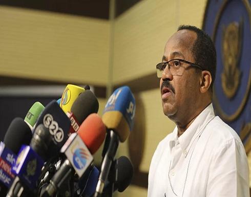 شاهد : وزير الصحة السوداني يثير جدلا في العالم العربي بتصريحات عن كورونا