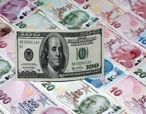 الليرة التركية تهبط لمستوى قياسي جديد