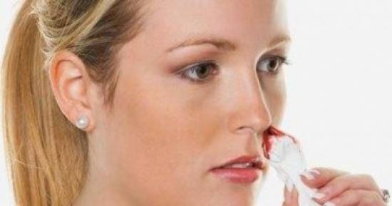 لو تعرضت لحادث.. تعرف على علامات النزيف الداخلى