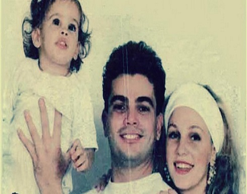 شاهد: (نور) تخطف الأضواء من والدها عمرو دياب ودينا الشربيني