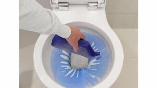 العلماء يحذّرون... مواد التنظيف تزيد من خطر الإصابة بأمراض رئوية قاتلة!