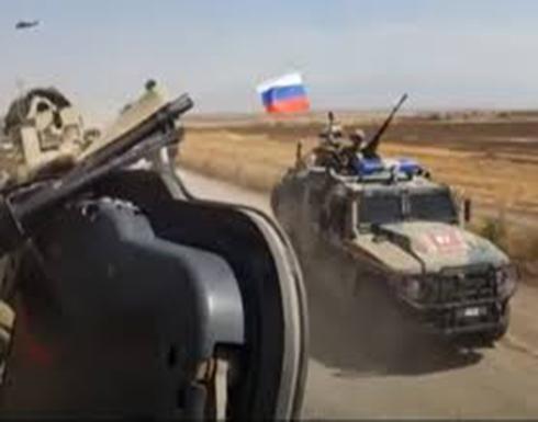 بالفيديو.. احتكاك بين وحدات روسية وأمريكية بسوريا في ظل أنباء عن إصابة جنود أمريكيين