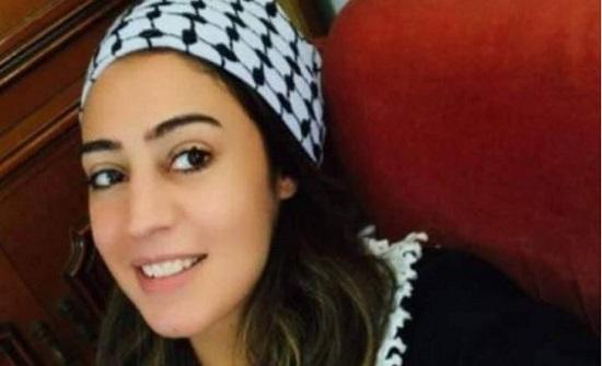 """"""" الخارجية """" ترتب لوالدة اللبدي بزيارة ابنتها في السجون الاسرائيلية"""