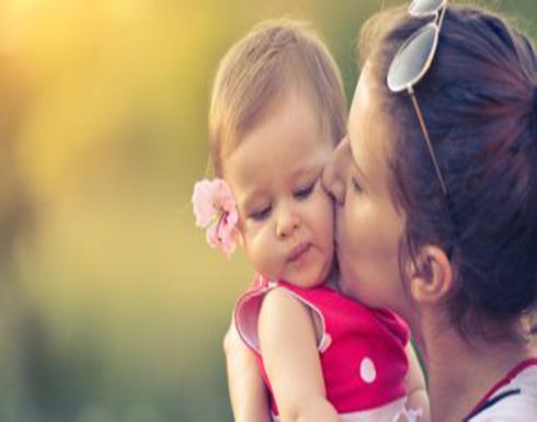 حالة من الحزن تصيب النساء بعد الولادة..اعرفى علاجها