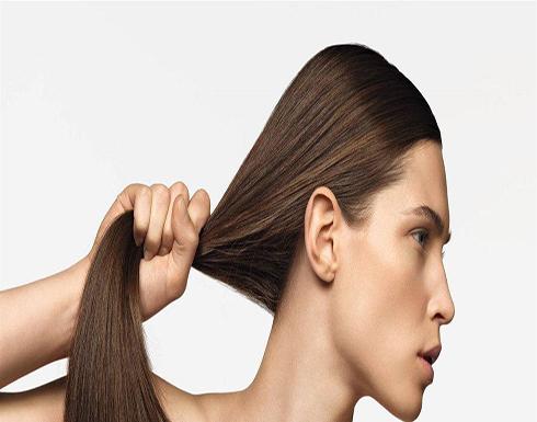 فوائد الفيتامينات على حل مشاكل الشعر