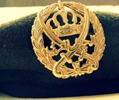 الملك : ضرورة إعادة هيكلة المؤسسة الاقتصادية والاجتماعية للمتقاعدين العسكريين