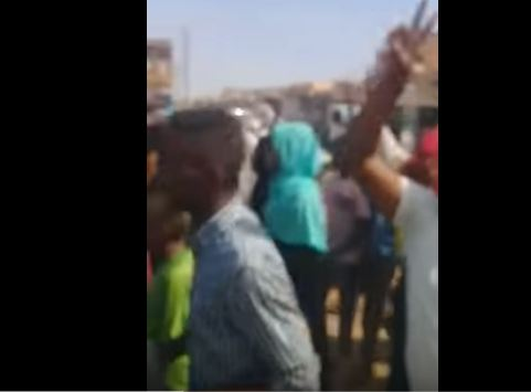 شاهد ..  تظاهرات في السودان احتجاجاً على ارتفاع اسعار الخبز