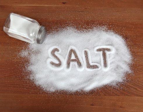 هذا ما تسببه ملعقتان من الملح!