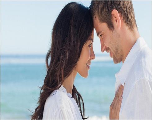 لغات الحبّ الخمس.. طريقكِ إلى قلب وعقل الرجل!