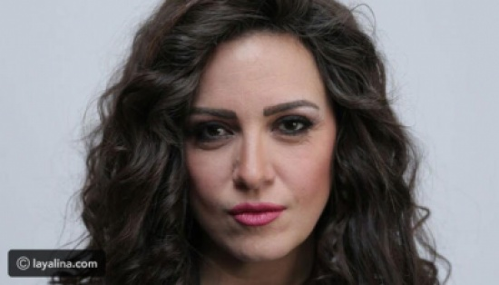 ريهام عبد الغفور تكشف سبب مقاطعة والدتها لها