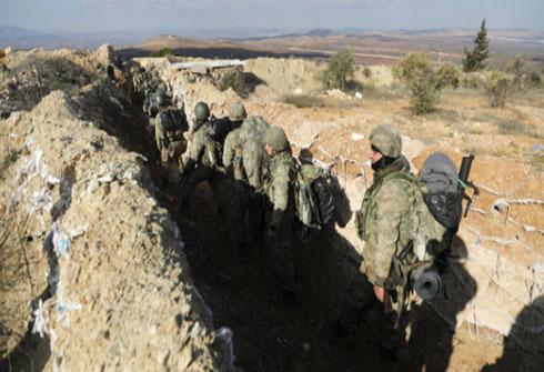 الجيش التركي يعلن تطويقه عفرين في سوريا