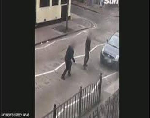 بالفيديو : بعد مجزرة نيوزيلندا فيديو صادم يرصد هجوما خارج مسجد في لندن