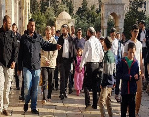 وزير إسرائيلي : سنُتيح حرية العبادة لليهود بالأقصى قريباً