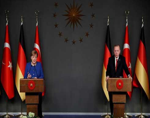 ميركل وأردوغان يبحثان الوضع في أفغانستان وعملية الإجلاء