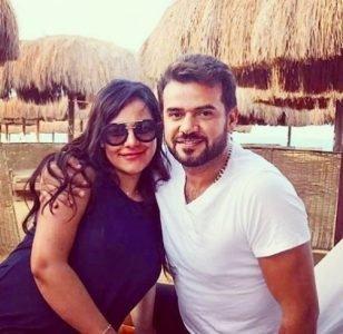 بالصورة- شاهدوا رومنسية ساموزين وزوجته