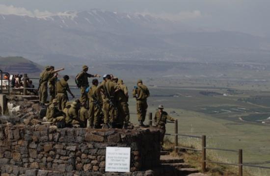 """إسرائيل تقتل 4 من تنظيم الدولة عقب قصفه قوة من """"جولاني"""""""