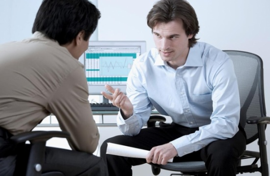 فوربس: 5 أسئلة خطيرة قد تتسبب في طردك من العمل
